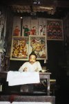 Bac Ky, Hanoi 1915 - A painter at home on Hang Trong Street. Photo by Léon Busy.jpg